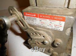 Honeywell M7282A1022 90 Degree Modutrol IV Motor